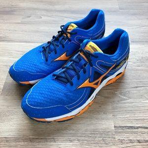 Mizuno Wave Enigma running shoes, blue, sz 11